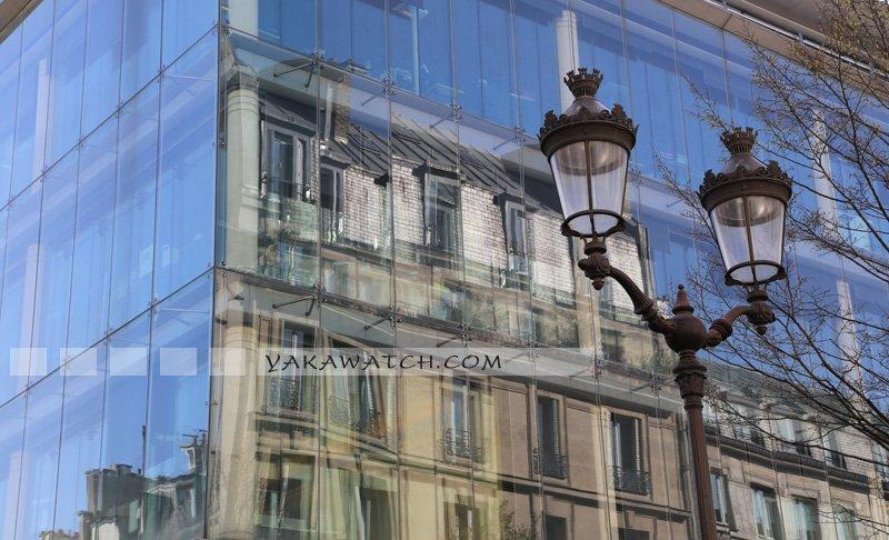 Reflet façade marché St Honoré