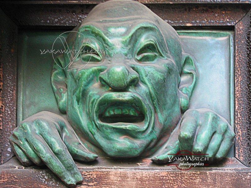Sculpture de démon à la Pagode. Photo Yakawatch