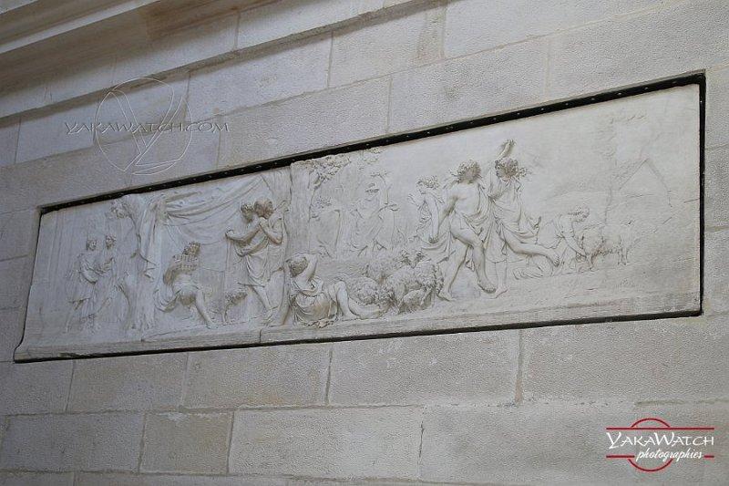 Frise en bas relief de Pierre Julien : Apollon berger gardant les troupeaux d'Admète