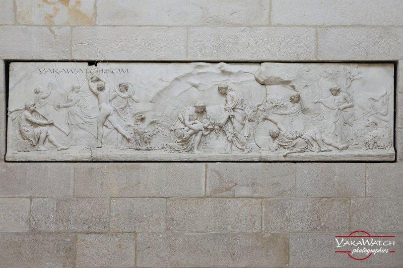 Bas relief Laiterie de la Reine - Rambouillet