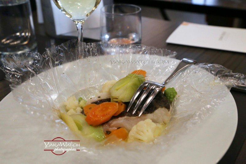 Restaurant, brasserie, traiteur, bar - Assiette papillote et fourchette chez Crom'Exquis