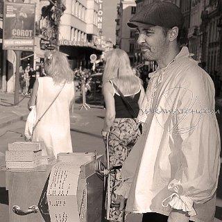 Rue du Faubourg Saint Honoré - Photo Yakawatch