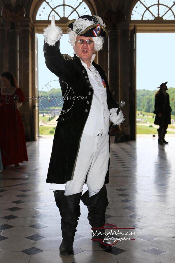 Participant costumé à la Journée Grand Siècle de Vaux le Vicomte