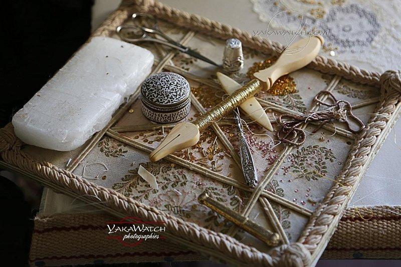 Les outils de l'artisan éventailliste