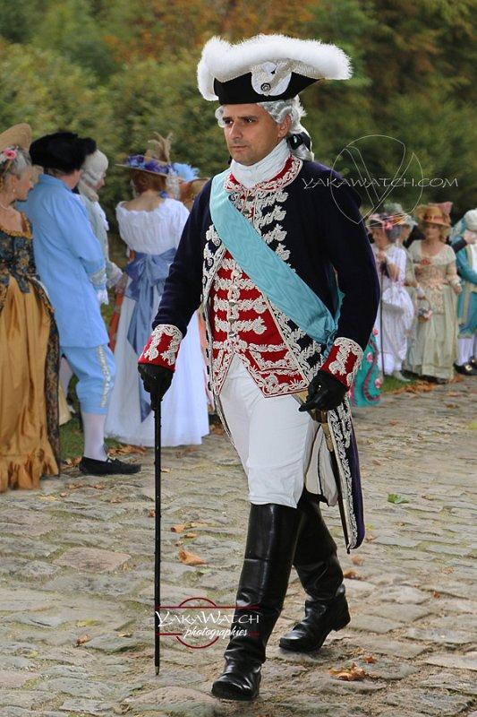 Costume d'officier des gardes - l'Histoire Retrouvée