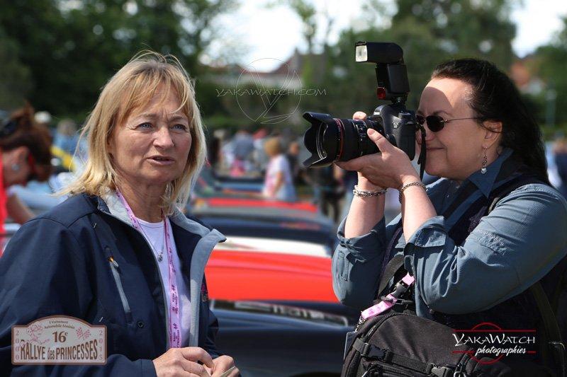 Carole Gratzmuller, pilote de laChevrolet Corvette gagnante du 16ème Rallye des Princesses