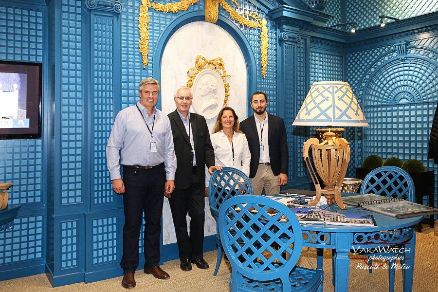 L'équipe commerciale de Tricotel entoure son directeur • Salon du Patrimoine Culturel Paris 2018