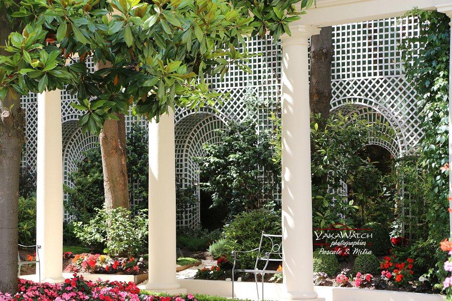 Treillage décoratif dans les jardins de l'hôtel Bristol