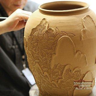 Les gestes du potier. Icheon Ceramics