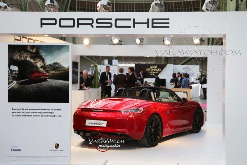 Vue du stand Porsche au grand palais pendant le Taste of Paris