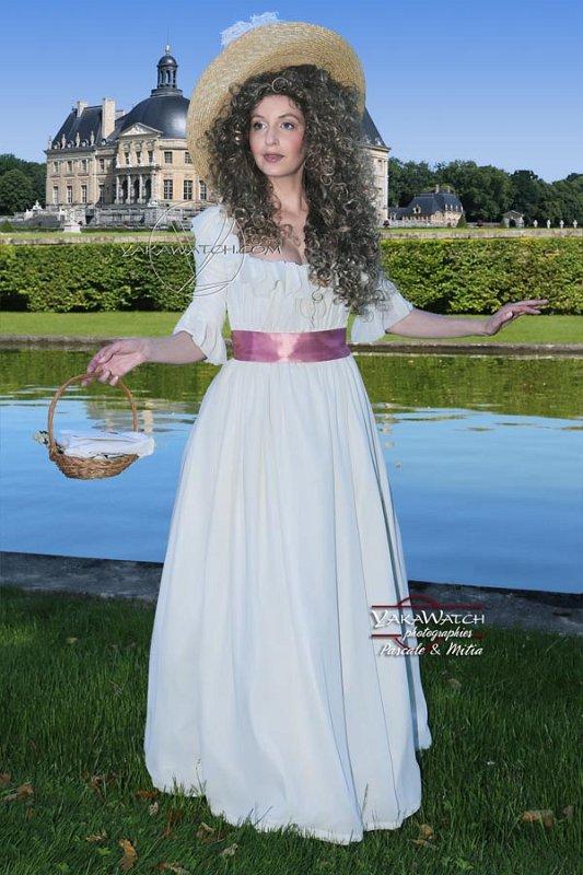 La robe à la Reine, devant le château de Vaux le Vicomte - Journée Grand Siècle