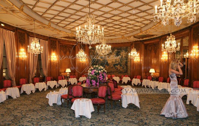 Restaurant, brasserie, traiteur, bar - Salon Castellane de l'hôtel Bristol - Paris