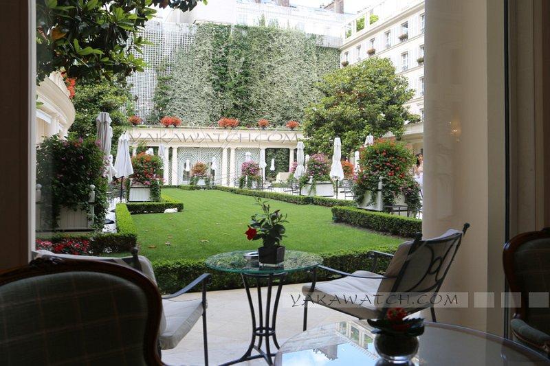 Vue sur le jardin hôtel Bristol Paris