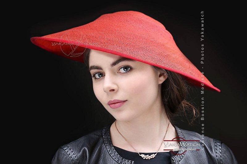 Chapeau-Bossion-rouge